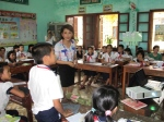 Hang arranges her class differently from regular school to encourage active discussion by the children.